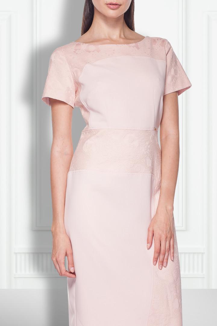 Różowa sukienka - Chiara