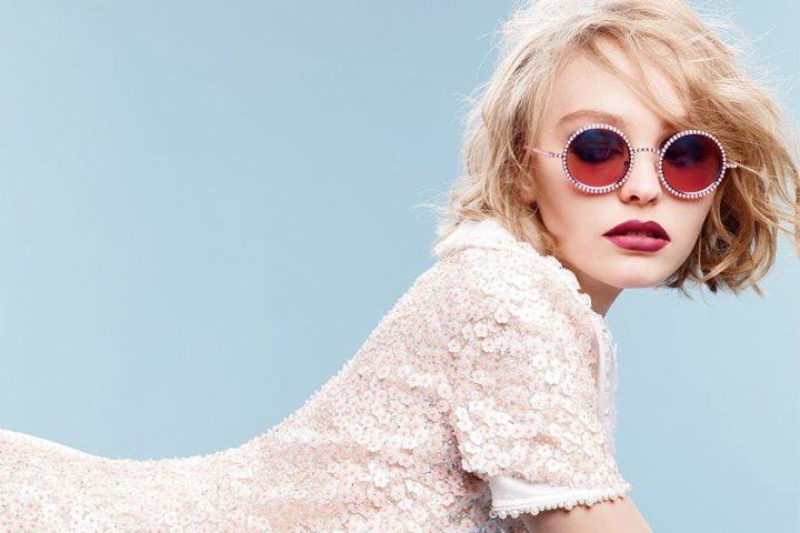 """Lily Rose Depp – debiut na okładce """"Vogue'a"""""""