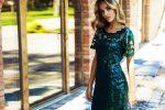 Hity wyprzedaży – sukienki na wiosenne wesele