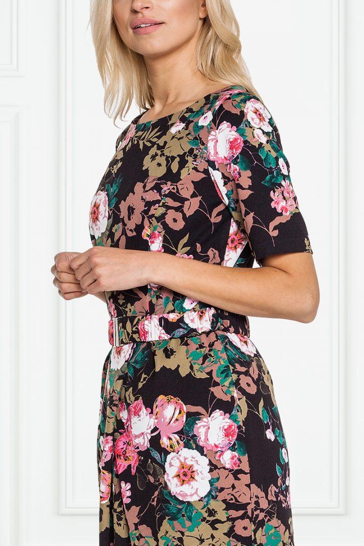 Czarna sukienka w różowe kwiaty - La Robe