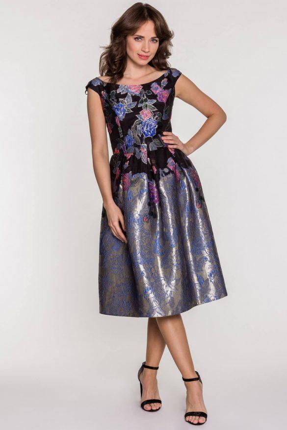 Sukienka na studniówkę – długa czy krótka?