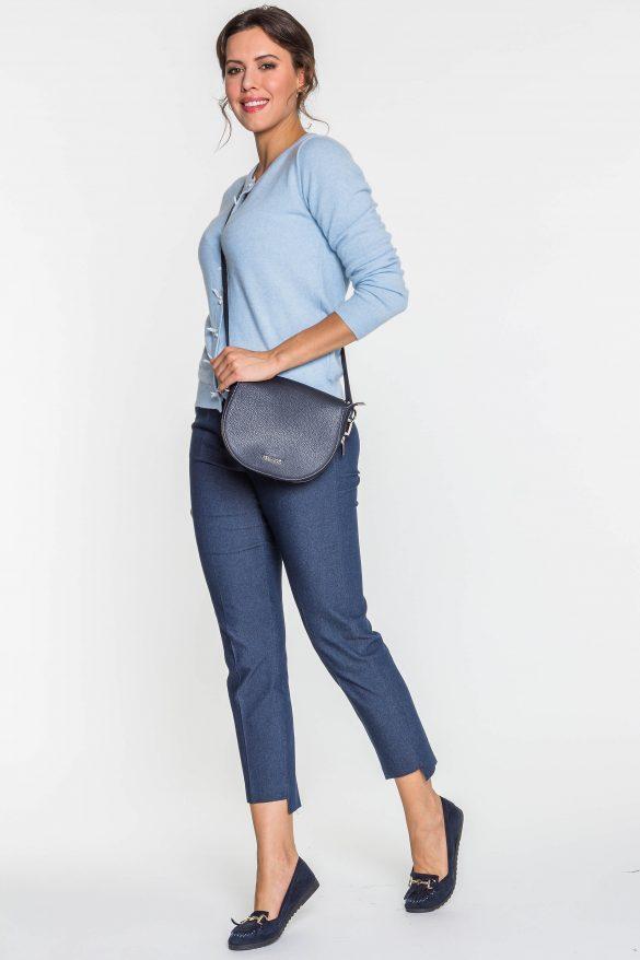 Spodnie cygaretki – ponadczasowy model, który warto mieć w szafie