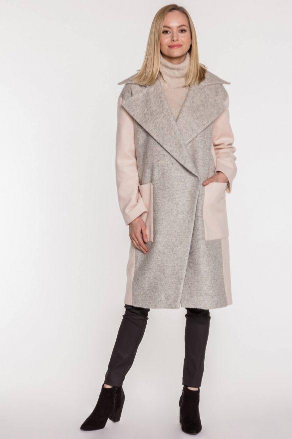 Płaszcz z flauszu – niezbędny w jesiennej szafie