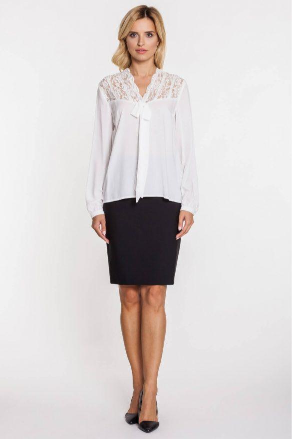 Koszula wiązana pod szyją – wraca moda lat 70