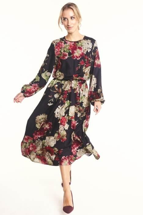 Wzorzyste sukienki na każdą porę roku