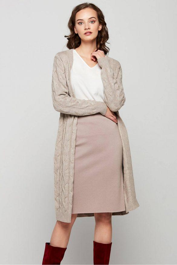 Tweedowa spódnica – ukłon w stronę klasyki