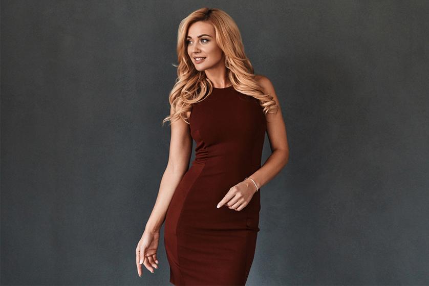 3737e4d43779df Sukienki wizytowe zajmują szczególne miejsce w garderobie każdej kobiety.  Są odpowiednim wyborem na ważne spotkanie biznesowe, do teatru, opery, ...