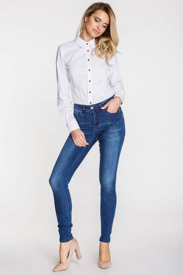 Spodnie damskie – klasyki, w które warto zainwestować