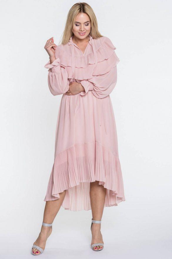 Długa sukienka na wesele – czy wypada?
