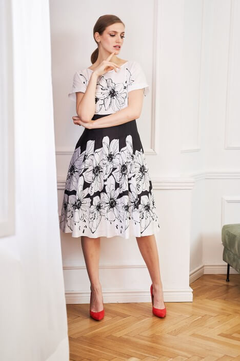 Kwieciste sukienki – idealne na lato