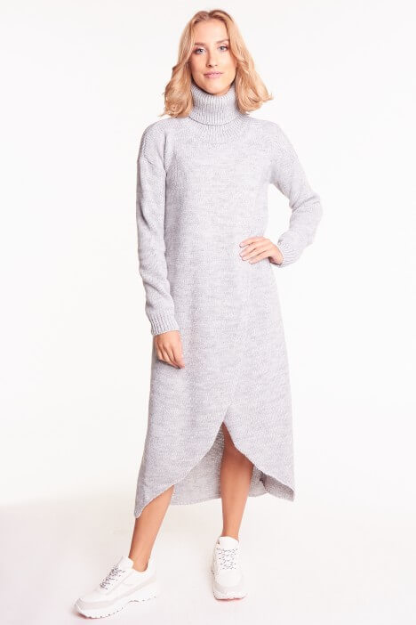 Długie swetry – z czym je łączyć?