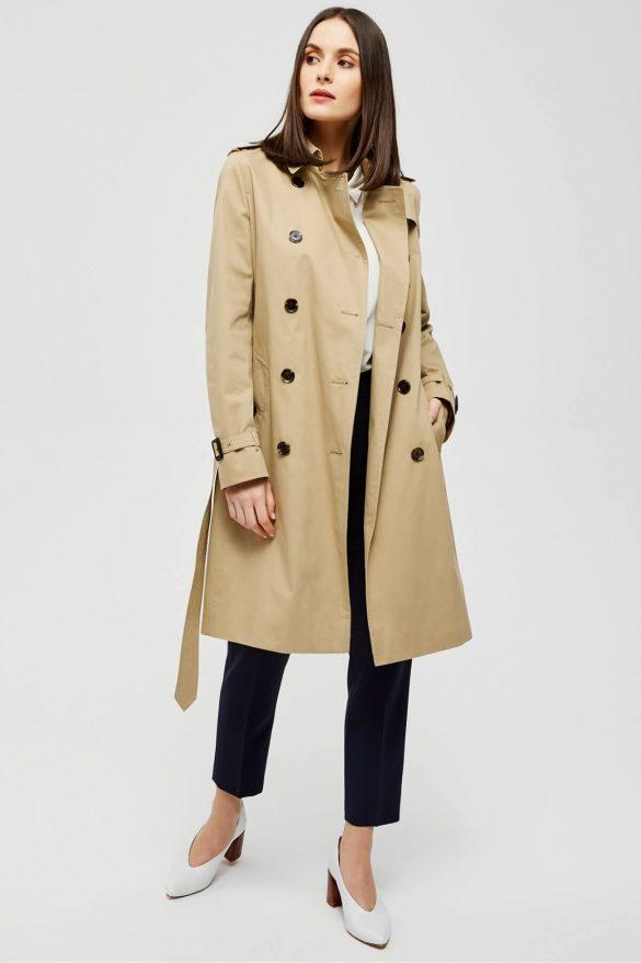 Trencz – ponadczasowy płaszcz na wiosnę