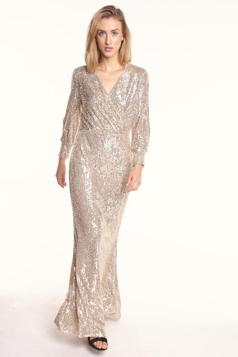 Złota sukienka – hit lat 80. znowu w modzie