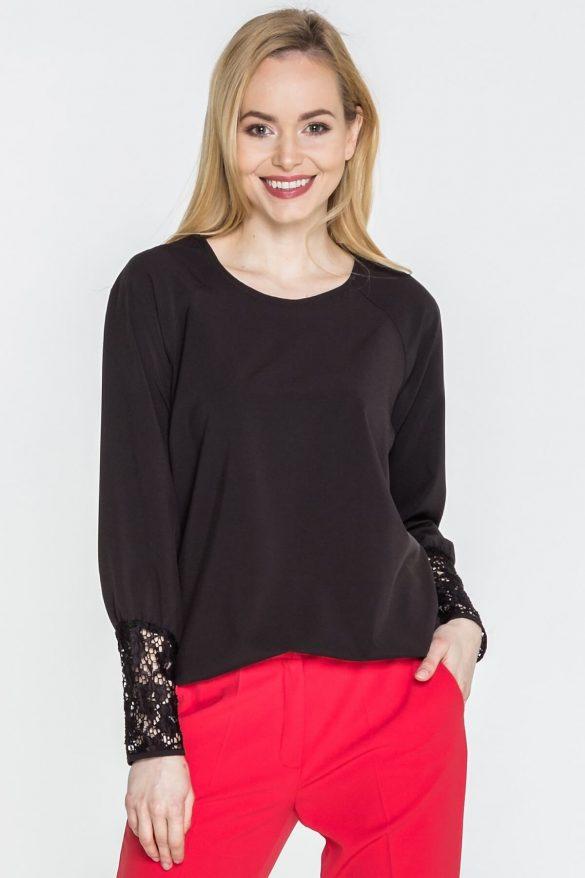 Koronkowe bluzki – delikatne i dziewczęce modele
