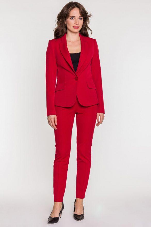 Kostium damski – strój kobiety sukcesu