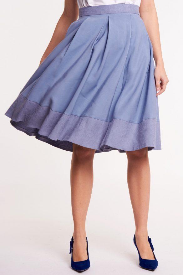 Idealne spódnice dla puszystych, czyli jakie? Podpowiadamy jaki model wybrać