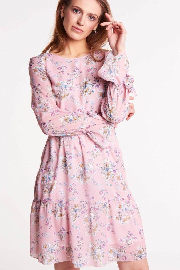 Trendy wiosna/lato 2019 – te rzeczy już wkrótce będziemy nosić