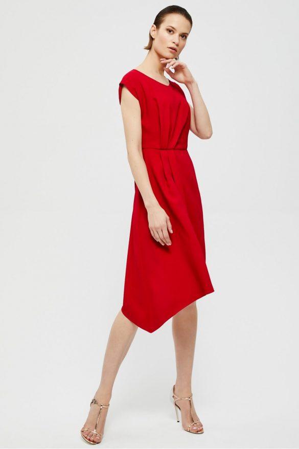 Asymetryczne ubrania – modne stylizacje na zimę