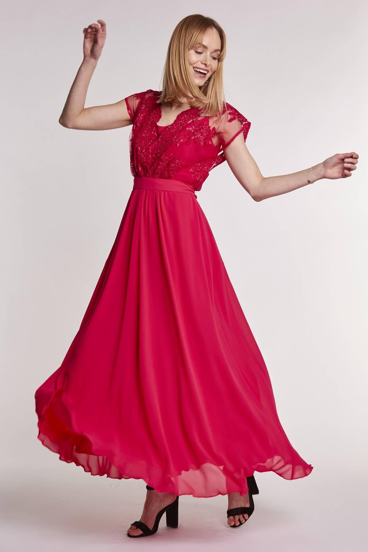 9245fd6e39 Jak wybrać odpowiednią kreację na wesele  - Blog o modzie