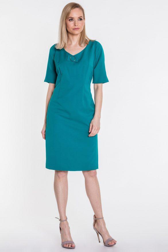 Szmaragdowa sukienka – postaw na kolor, który przyciąga uwagę