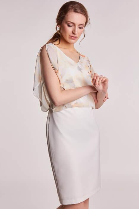 Elegancka sukienka na wesele dla mamy