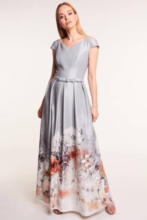 Sukienki na wesele dla matki chrzestnej