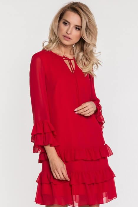 Lady in red – czerwone sukienki na każdą okazję
