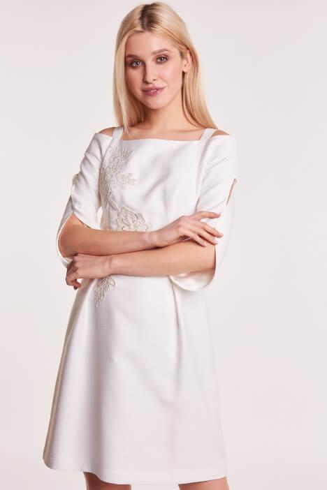 Sukienka na chrzest dla mamy