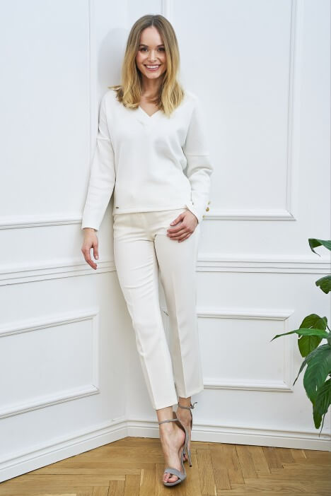Białe ubrania – idealny wybór na lato