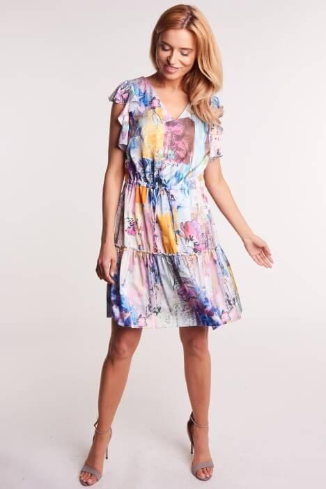 Co zabrać na wakacje – modne ubrania na lato