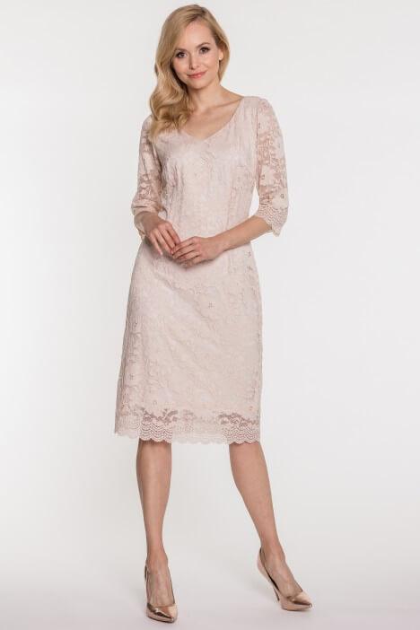Koronkowa sukienka na wesele