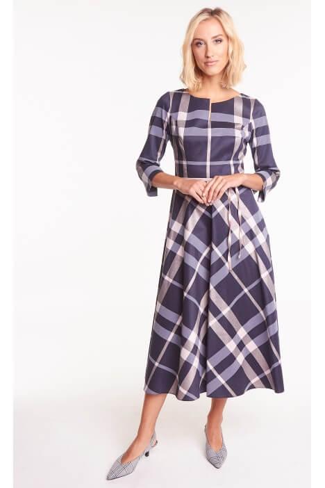 Zawsze modna krata. Zobacz stylowe ubrania w kratkę na różne okazje